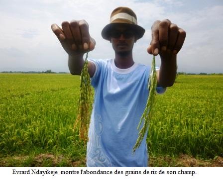 Diplômé en comptabilité, il est devenu entrepreneur grâce à l'agriculture.